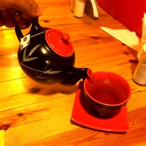 Tea, anyone? Why, yes. Yes, please
